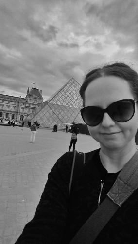 Louvre. Selfie.